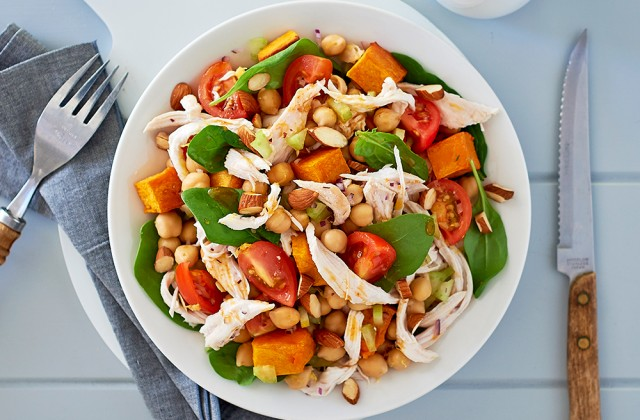 Spicy chicken and roast almond salad