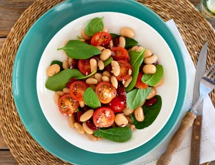 Three bean salad with spinach