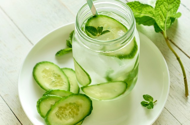 Cucumber and mint water