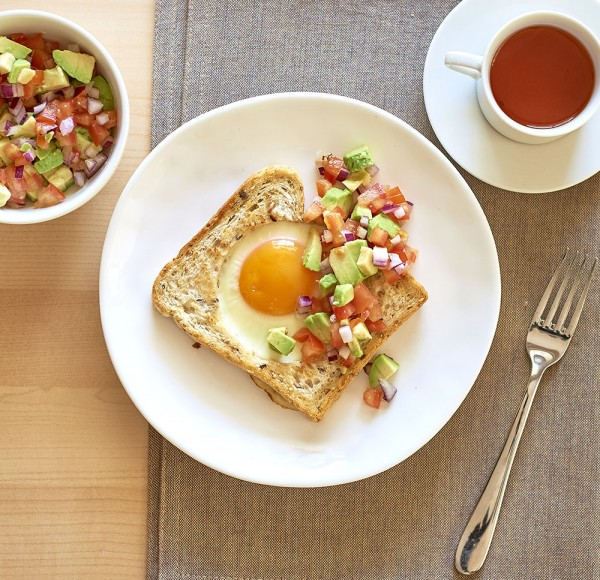 Eggs on toast with Salsa