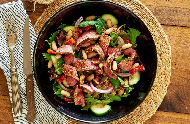 Balsamic beef salad - Healthier. Happier.