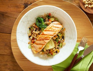 Grilled Salmon And Brown Rice Salad